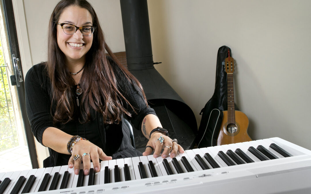 QC musician pounds the keys again after carpal tunnel surgery